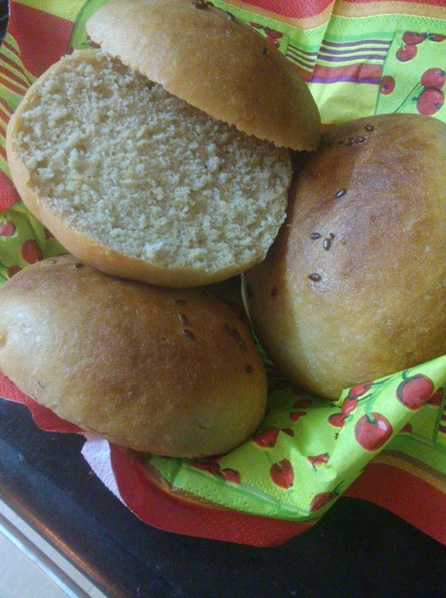 100% Whole Wheat Flour Burger Buns